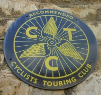 CTC Round Enamel Winged Wheel